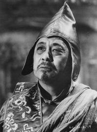 Victor Wong