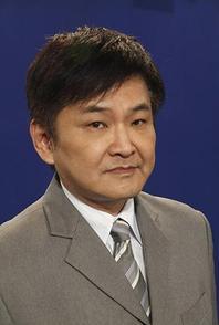 Yi-Hang He