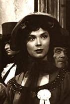 Alba Castellanos