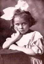 Doris Hollister
